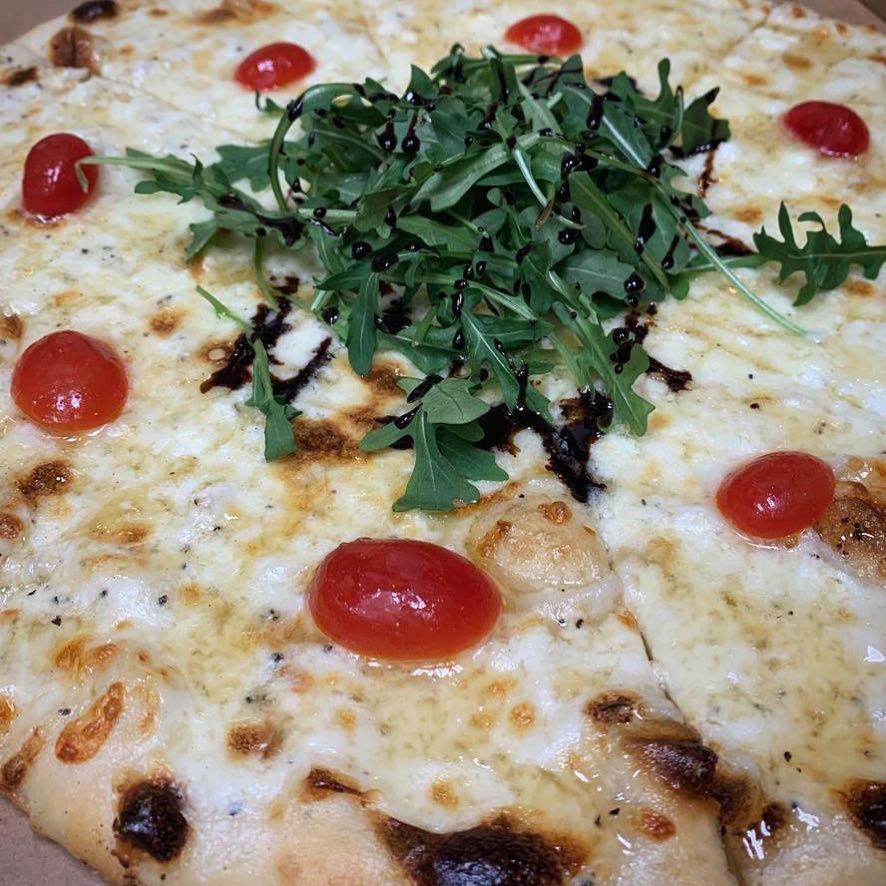 specialty pizza tiger loves pizza sanford fl