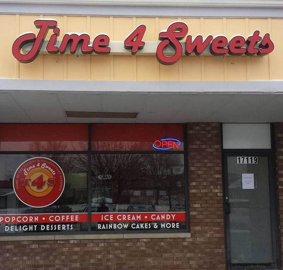 Exterior photo of Time 4 Sweets Candy Store in Tinley Park