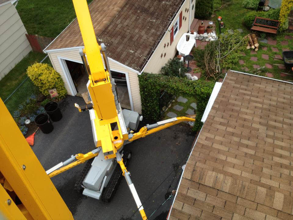 Tree Corp.'s aerial lift has a 52' side reach