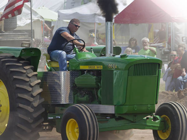 Fairfield County Truck Pull high horsepower tractors