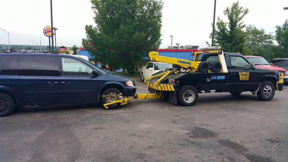 Tow truck, towing service in La Vista and Bellevue