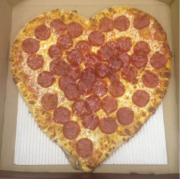 heart-shaped pepperoni pizza valentine's day