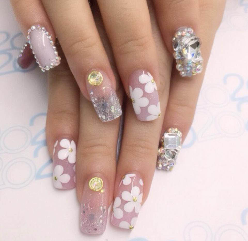 V Nails & Spa offers decorative nail services