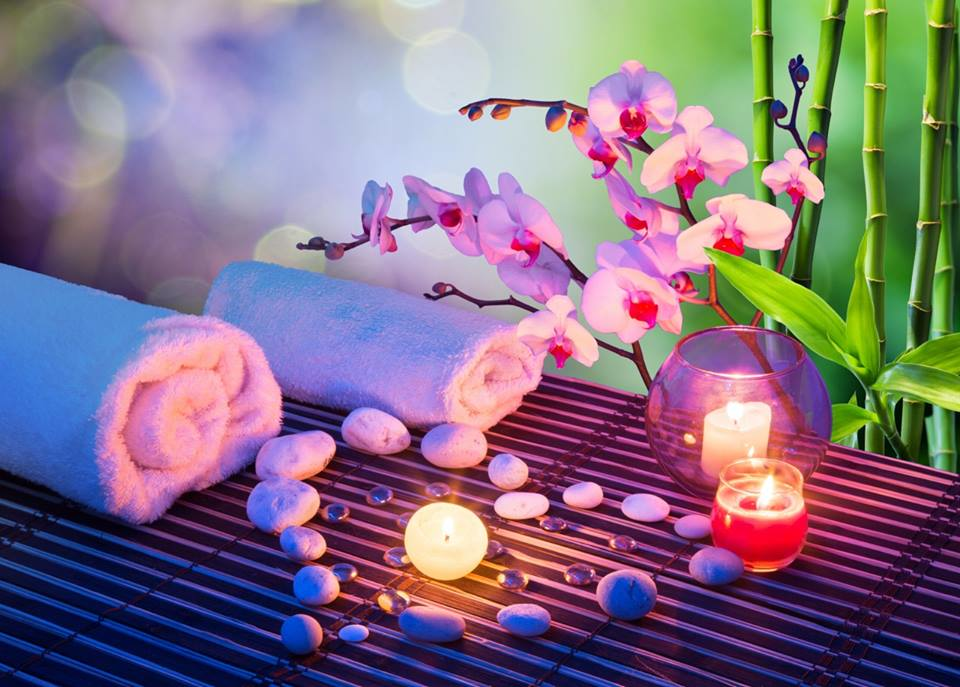 Our relaxing VN Nails salon provides face and body waxing services, too