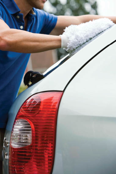 You'll have the professionals hand wash your car at Wash En Tire Auto!