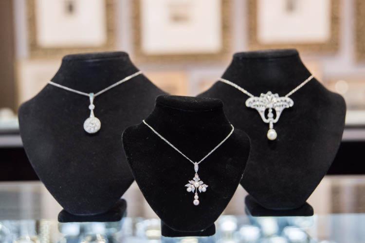 vintage jewels near me estate jewels near me antique jewels near me