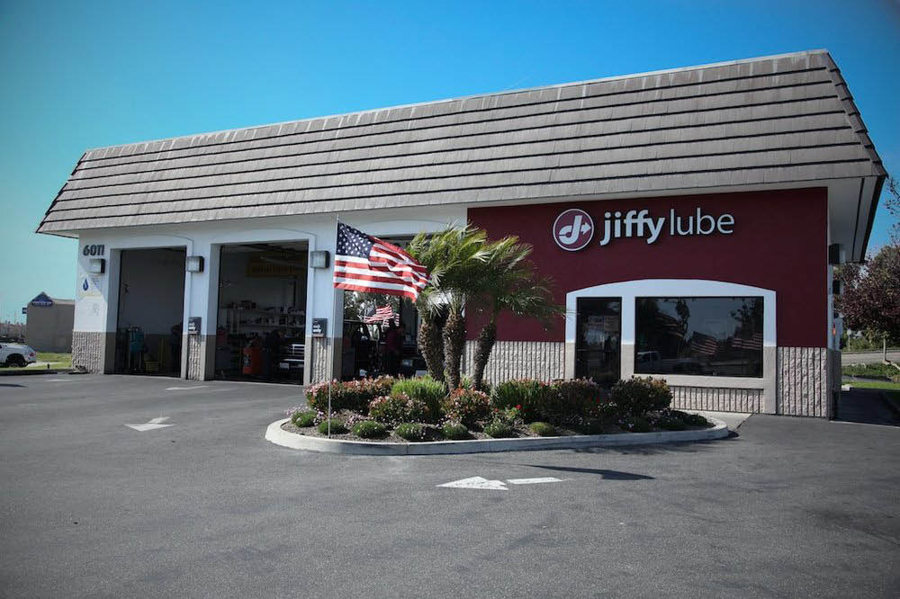 Jiffy Lube Bell, CA exterior