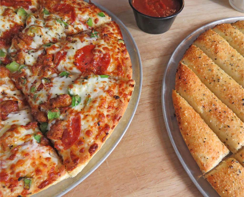 pizza, breadstix, breadsticks, dinner, lunch