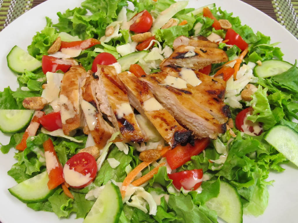 Restaurant coupons for salad near Brookhaven, GA