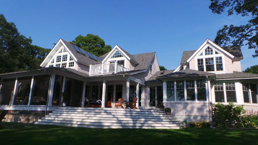 A beautiful house with wonderful, clean windows. Looks good from inside or outside. A happy Cape Cod Winpro customer!