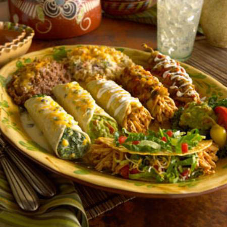 Hot and flavor-rich Mexican spiced combo plates