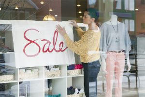 How to Leverage Social Media for Labor Day Sales
