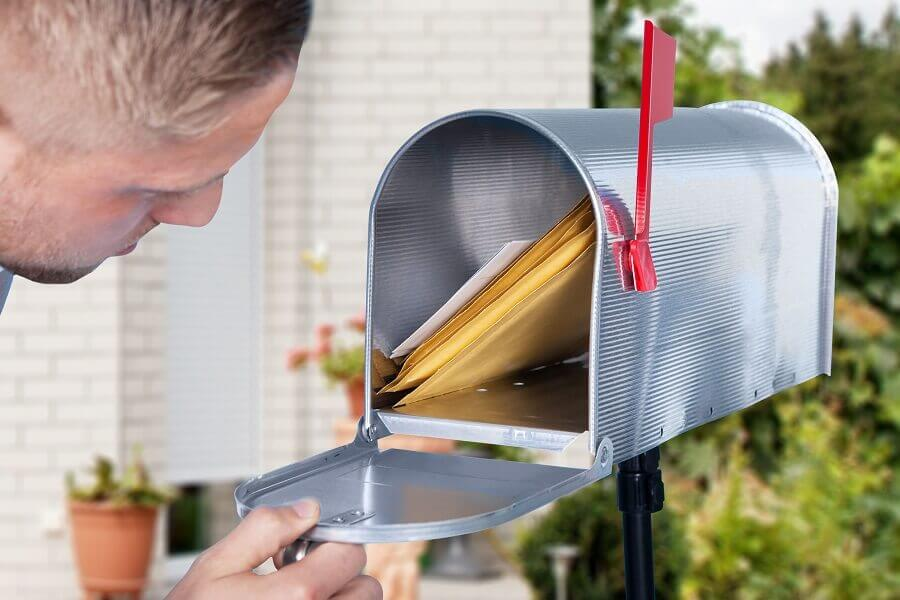7 reasons to use print advertising like direct mail