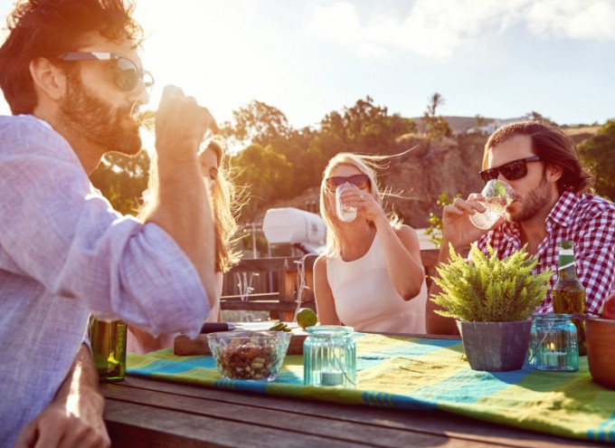 Food & Beverage Trends: How Summer Affects Consumer Dining Behavior