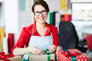2019 Holiday Shopping Tips & Predictions for Small Businesses