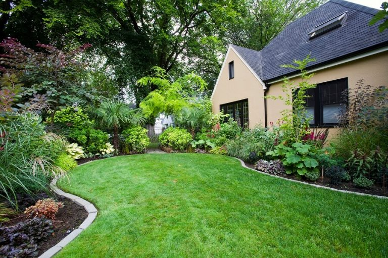 direct mail advertising for landscaping